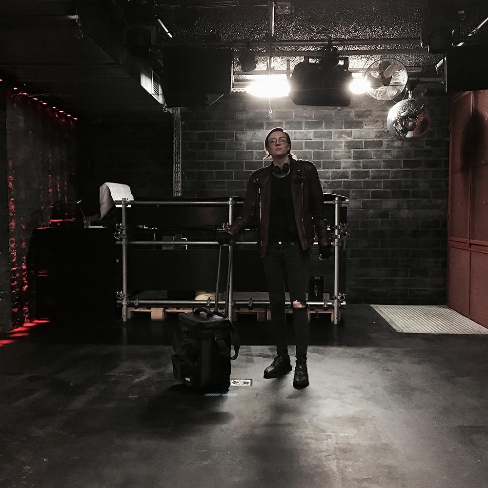 Klaudia Domurat aka Mss Vtk dj set at Untertage Berlin 2017 1000x1000